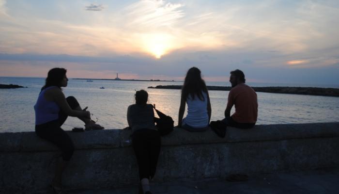 solnedgång vid joniska havet