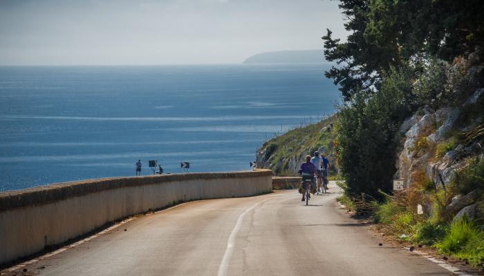 nedförsbacke till adriatiska havet